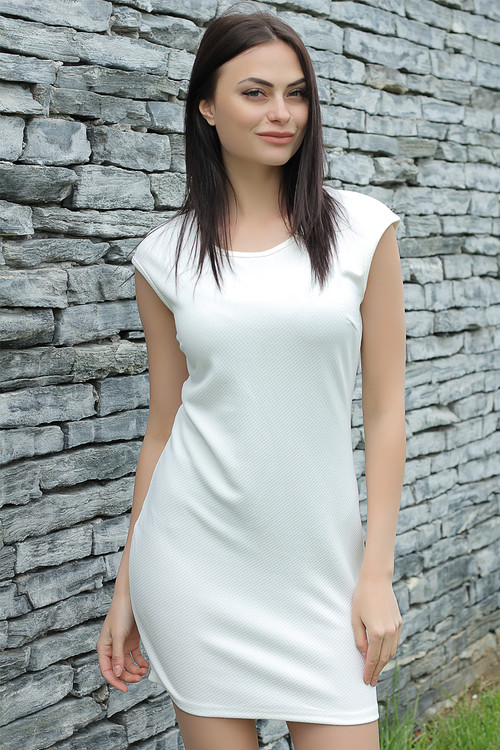 Ladies / Dresses with short sleeves
