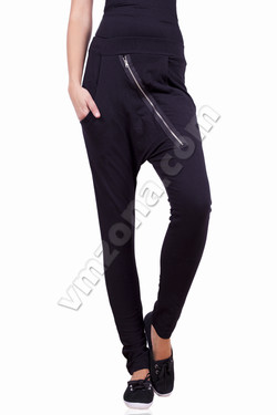 Womens sports pants with zipper